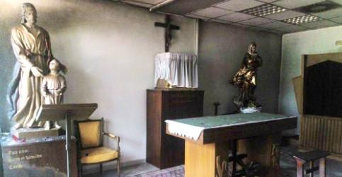 Foto de Intentan quemar la capilla de la Autónoma: La única iglesia que ilumina es la que arde